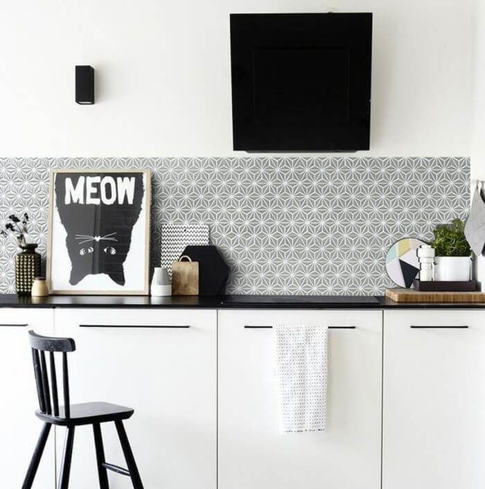 kitchen design using gray mosaic backsplash tile.jpg
