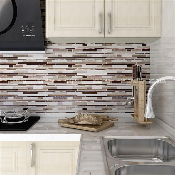 linear glass mix stainless steel msoaic used as backsplash